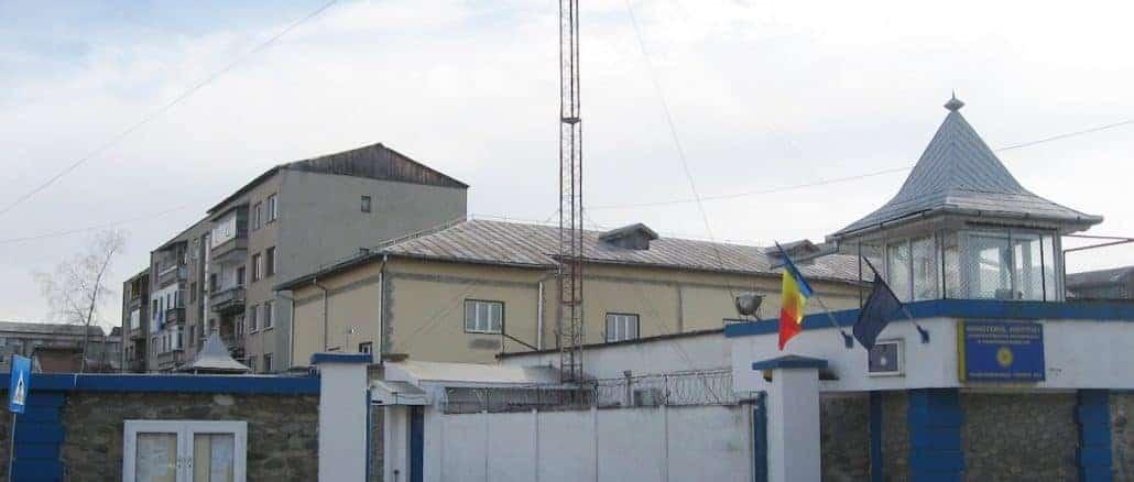 Gândacul din biroul directorului Penitenciarului Târgu Jiu