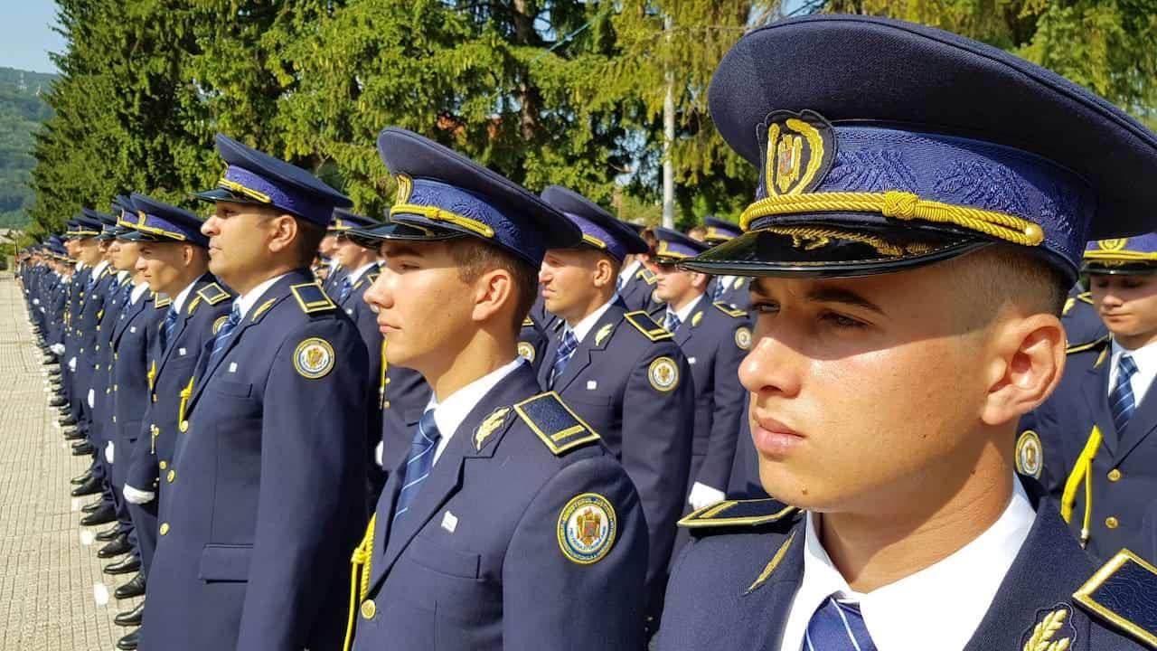 Angajări în penitenciare. Polițiști de penitenciare în sectorul operativ.